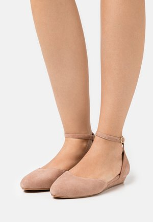 LEATHER - Ankle strap ballet pumps - beige