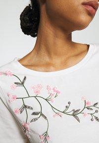 WEEKEND MaxMara - TRACIA - T-shirt imprimé - weiss - 4