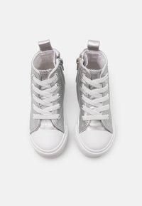 Cotton On - CLASSIC LACE UP  - Vysoké tenisky - silver metallic - 3