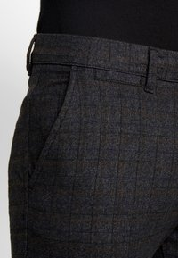 Jack & Jones - JJIMARCO JJCHARLES CHECK  - Pantaloni - black - 3