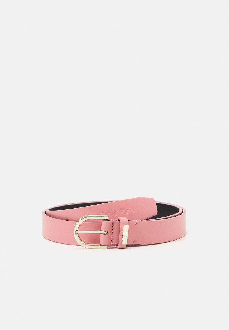 Calvin Klein - ROUND BELT - Belt - pink