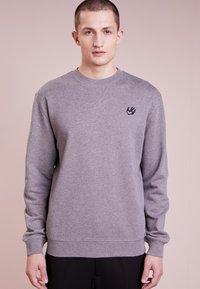 McQ Alexander McQueen - COVERLOCK - Sweater - stone gray melange - 0