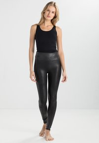 Spanx - FASHION - Legíny - black - 1