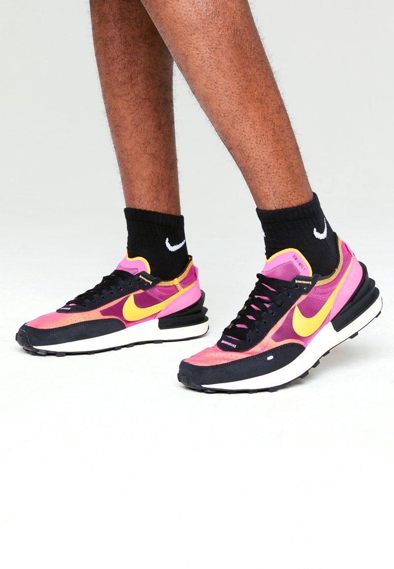 Nike Sportswear - WAFFLE ONE - Sneaker low - active fuchsia/univ gold-black-coconut milk-mtlc silver-orange