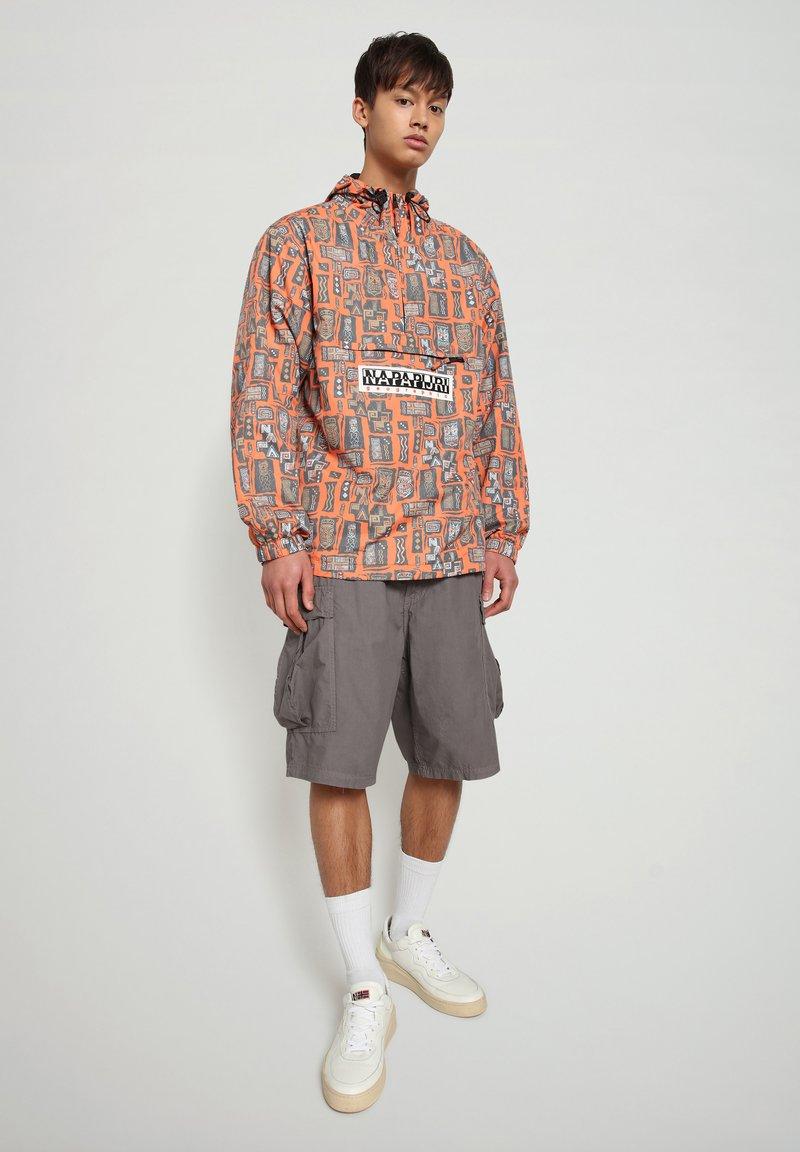 Napapijri - HANAKAPI - Shorts - grey gargoyle