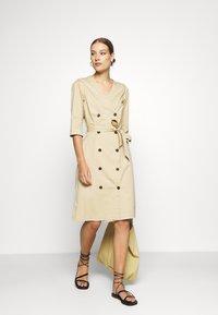 Mos Mosh - VINNIE COLE DRESS - Day dress - safari - 1