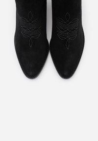 Zadig & Voltaire - TYLER  - Kovbojské/motorkářské boty - noir - 6