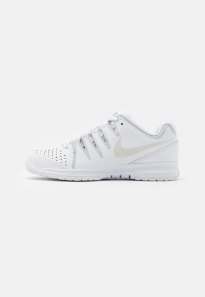 WOMENS VAPOR COURT SHOE - Zapatillas de tenis para todas las superficies - white/light bone/pure platinum