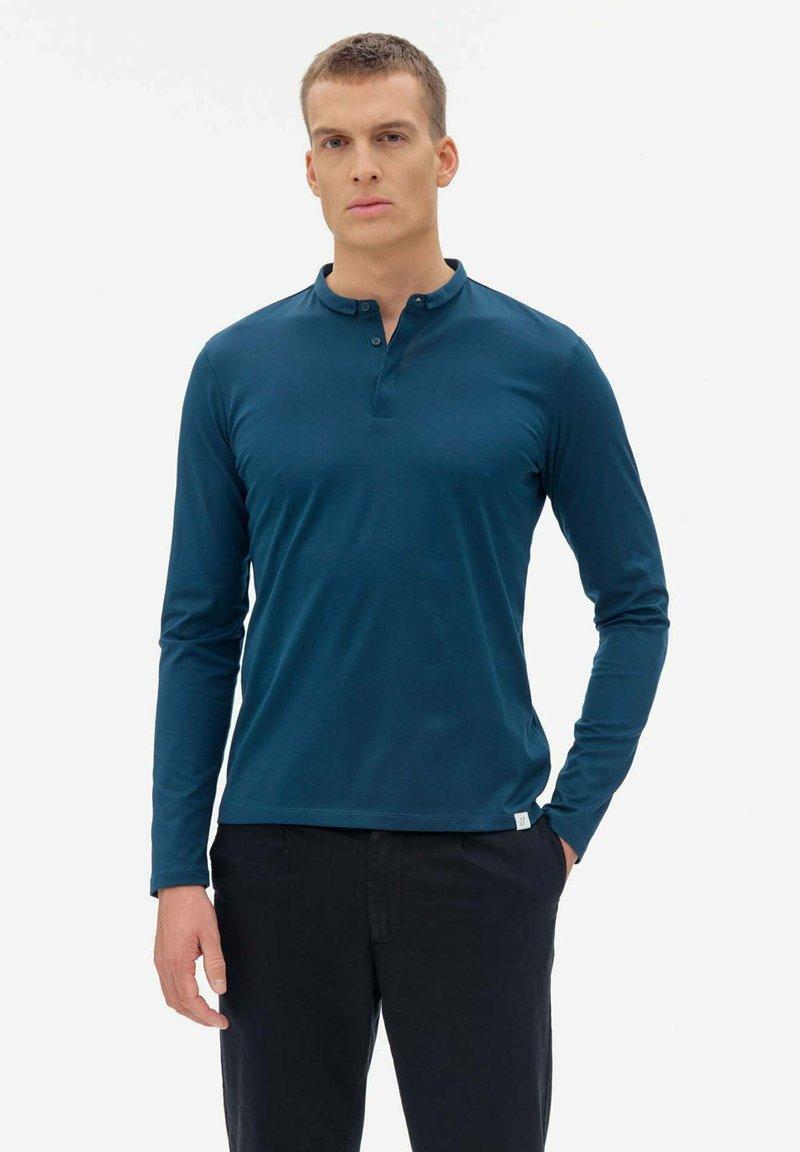 Nowadays - Polo shirt - legion blue