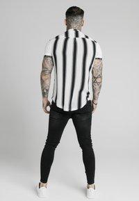 SIKSILK - Shirt - black/white - 2