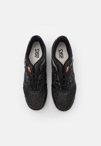ASICS SportStyle - GEL-LYTE III OG UNISEX - Zapatillas - black - 3