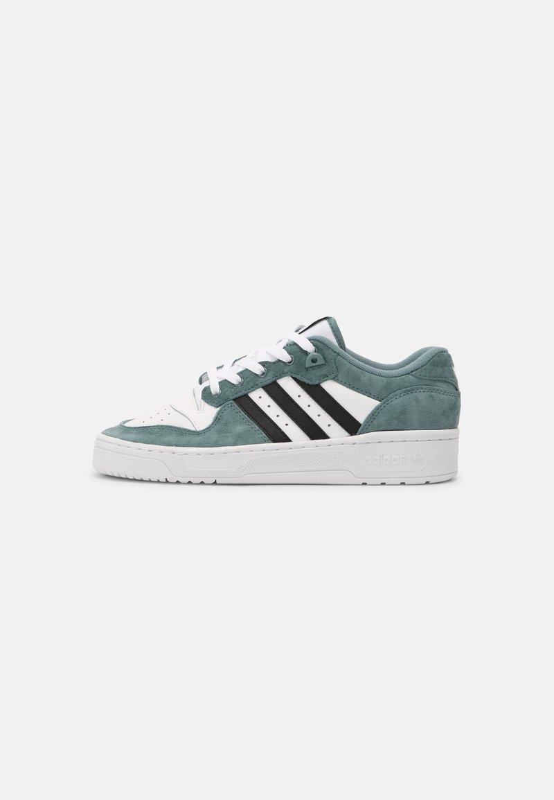 adidas Originals - RIVALRY UNISEX - Zapatillas - white/hazy emerald/core black