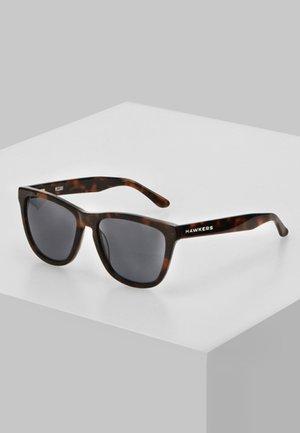 ONE X - Sunglasses - brown