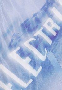 Blood Brother - COOMBE REVERSIBLE UNISEX - Bomber Jacket - black/blue - 6