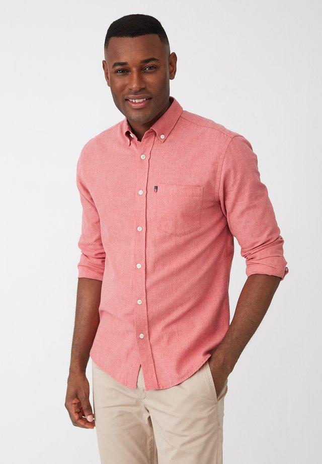 CLASSIC FIT - Shirt - red melange