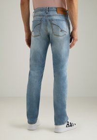 Baldessarini - JACK - Slim fit jeans - light blue used buffies