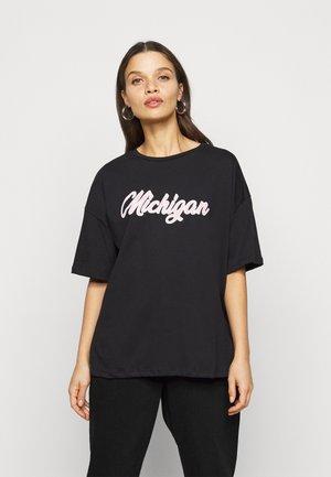 PETITE MICHIGAN  - Print T-shirt - black