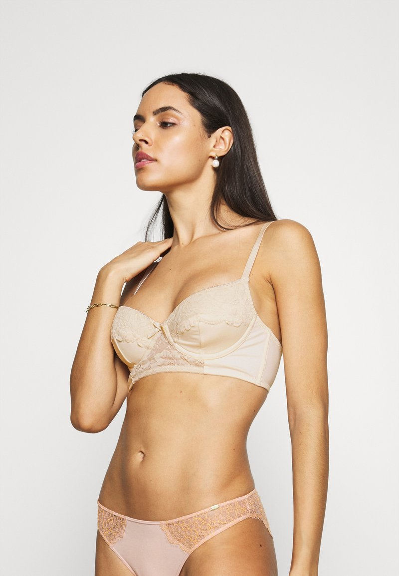 Nly by Nelly - PLAYFUL - Underwired bra - creme