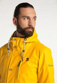 Schmuddelwedda - Waterproof jacket - senf - 3