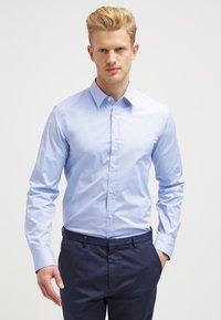 HUGO - ELISHA EXTRA SLIM FIT - Formal shirt - light/pastel blue - 0
