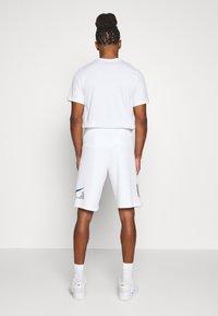 Nike Sportswear - Trainingsbroek - white - 2