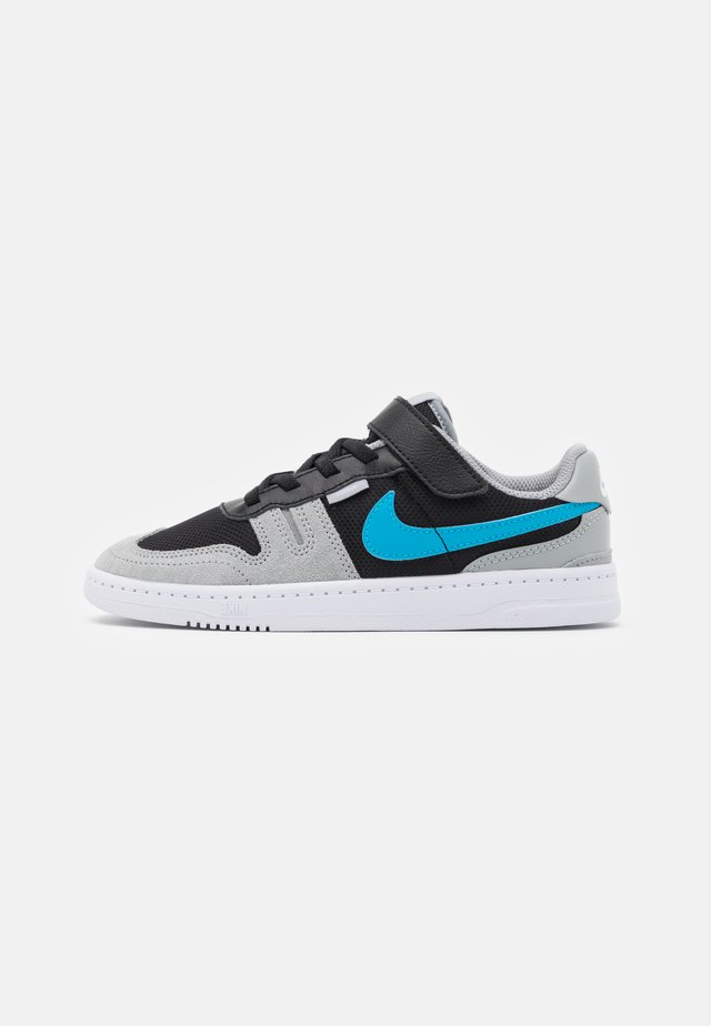 SQUASH-TYPE UNISEX - Sneakers laag - black/laser blue/light smoke grey/white