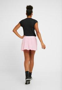 Nike Performance - MARIA SKIRT - Jupe de sport - pink rise/white - 2