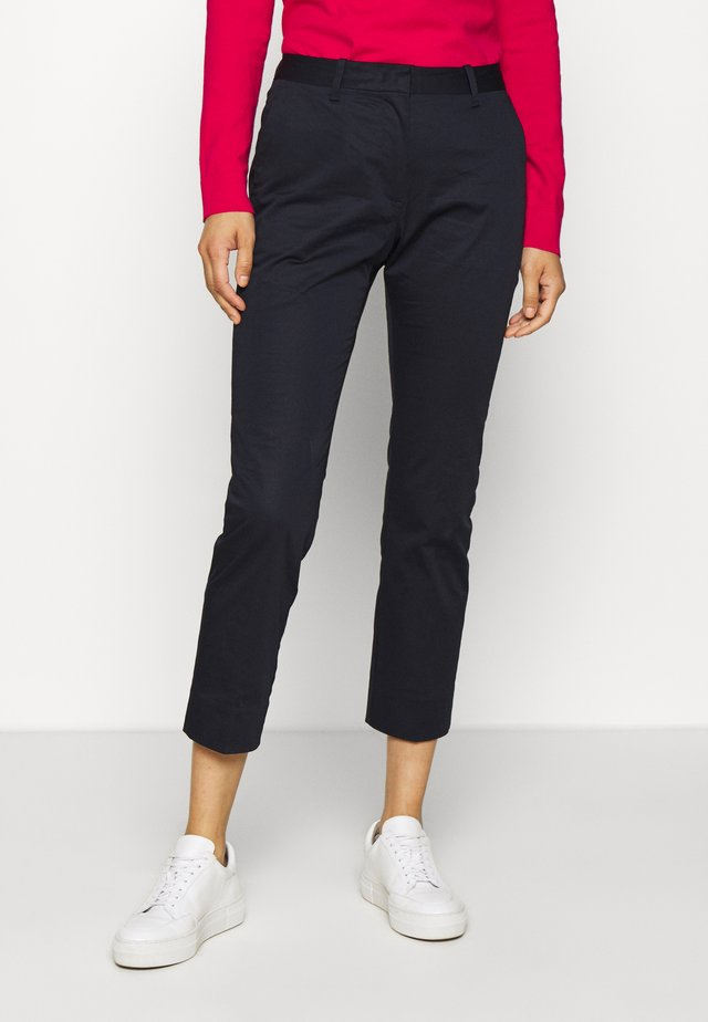CROPPED SLACK - Pantalones chinos - evening blue
