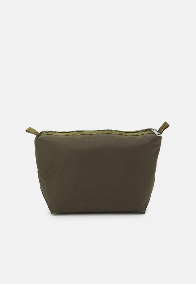 UNISEX - Kosmetická taška - green