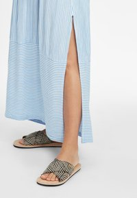 O'Neill - Maxi dress - blue with white - 5