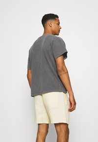 BDG Urban Outfitters - TEE UNISEX - T-shirts - washed black - 2