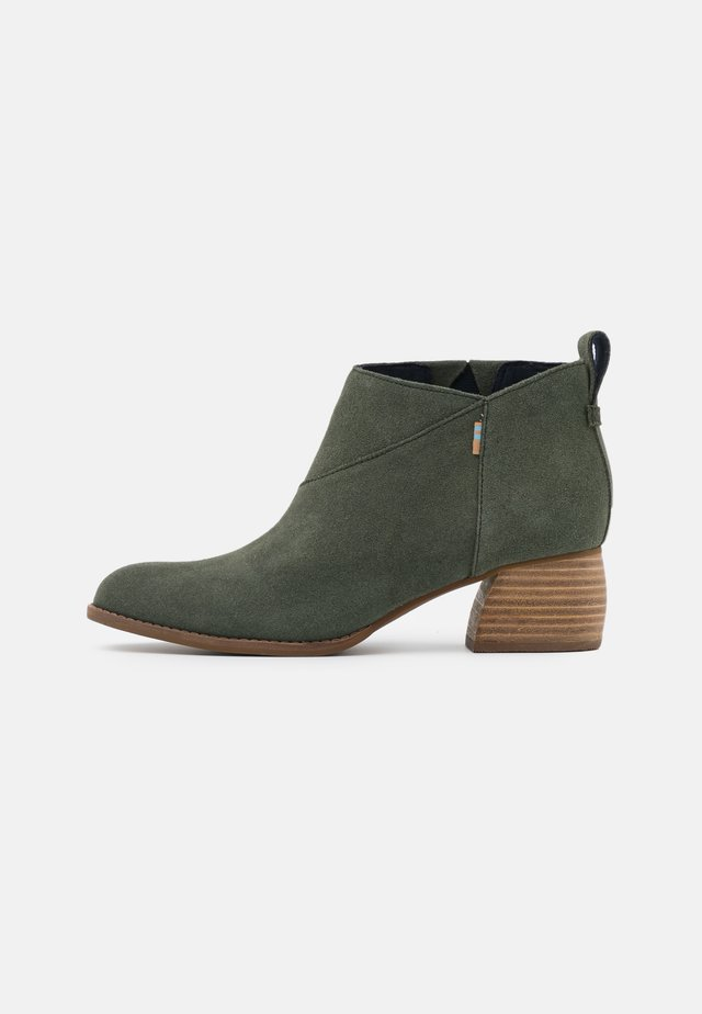 LEILANI - Ankle boot - olive