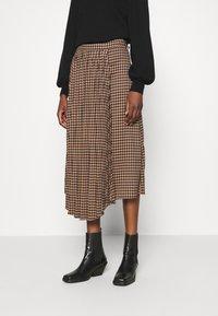 Gestuz - BELLIS SKIRT - Pleated skirt - brown - 0