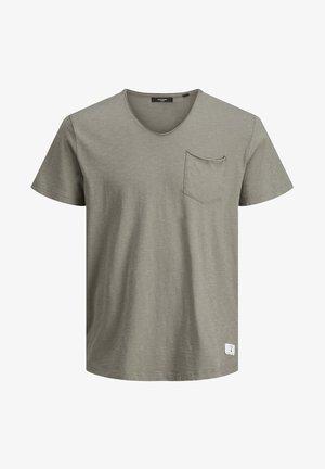 Basic T-shirt - new sage