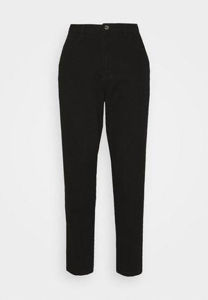 RIOT HIGHWAIST PLAIN MOM JEANS - Jeans Skinny Fit - black
