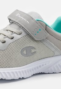 Champion - LOW CUT SHOE SOFTY 2.0 UNISEX - Sports shoes - light grey/turquoise - 5