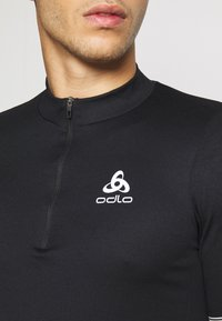ODLO - STAND UP COLLAR ZIP ESSENTIAL - T-Shirt print - black - 5