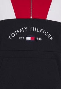Tommy Hilfiger - COLOR BLOCK MOCK NECK - Sweatshirt - red/multi - 2
