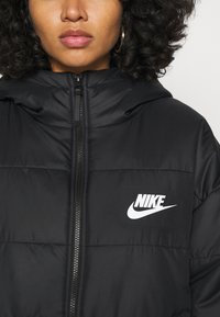 Nike Sportswear - CORE  - Light jacket - black - 6