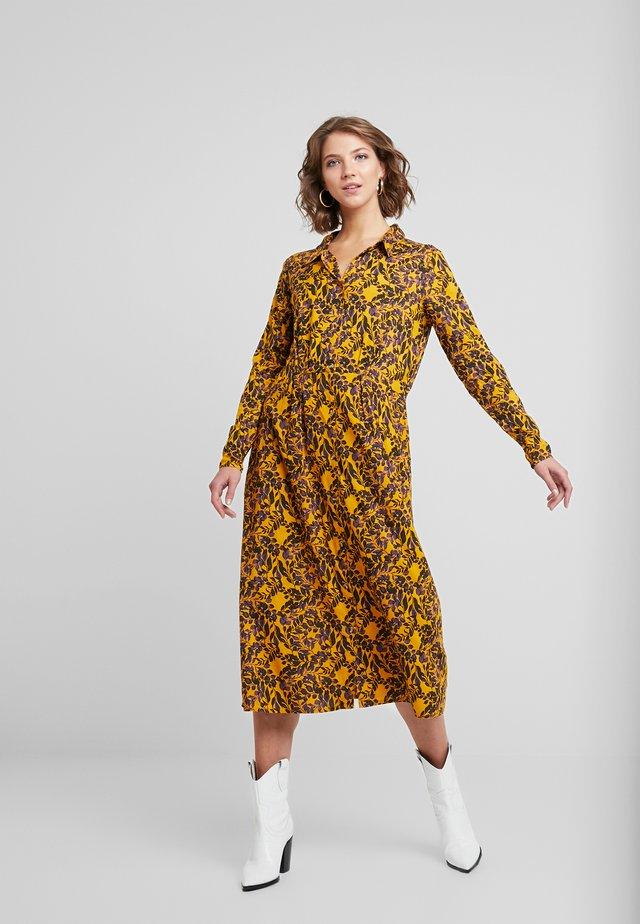SEKIN - Skjortklänning - yellow