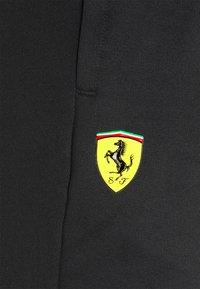 Puma - FERRARI RACE TRACK PANTS - Pantaloni sportivi - black - 2