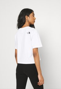 The North Face - CROPPED FINE TEE - T-shirt imprimé - white - 2