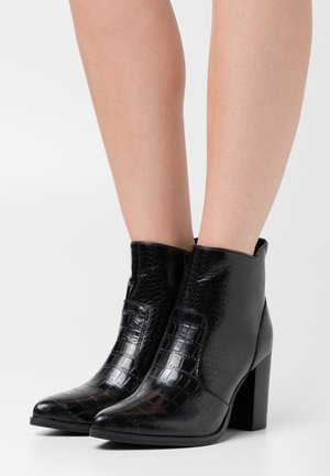 KINKO - High heeled ankle boots - noir