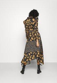 U Collection by Forever Unique - Długa sukienka - black /orange - 2
