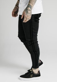 SIKSILK - Slim fit jeans - black - 4