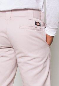 Dickies - SLIM STRAIGHT WORK PANT - Chino kalhoty - violet - 4