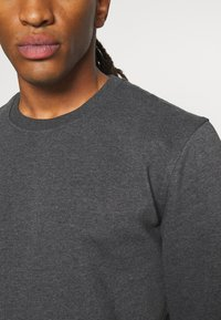 Only & Sons - ONSVINCENT CREW NECK - Sweatshirt - black - 5