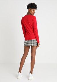 Lacoste - V-NECK - Långärmad tröja - imperial red - 2