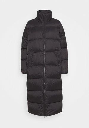 EDLA - Down coat - black