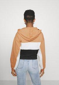 Trendyol - Sweatshirt - camel - 2